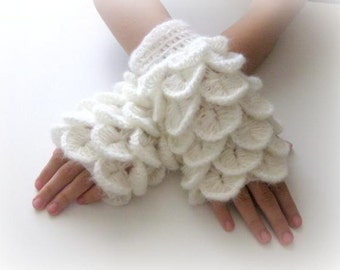 White Fingerless Gloves ,  Trendy, Girly, Teenie, Women, Flower, Artichoke