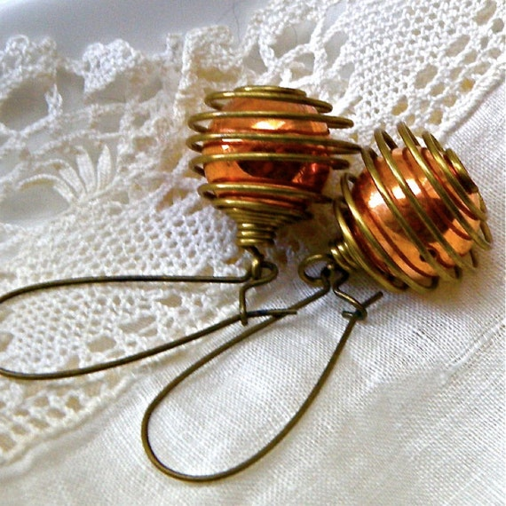 Vintage copper and brass drop earrings, copper drops, retro metal earrings, brass dangles, vintage metal