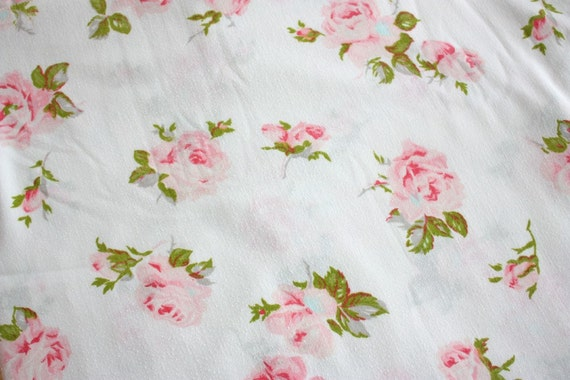 REDUCED ------ So So Lovely Vintage Sheet ---- Shabby Chic-y-ness