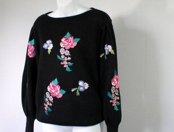 Vintage Sweater / Black Sweater / Bonnie Boerer / Embroidered / Flowers / Black Pullover