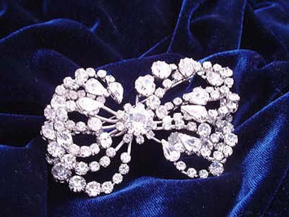 Fabulous Huge Vintage Clear Jeweled Bow Brooch (4-2586)  FREE SHIP