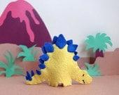 Stegosaurus Finger Puppet - Dinosaur toy