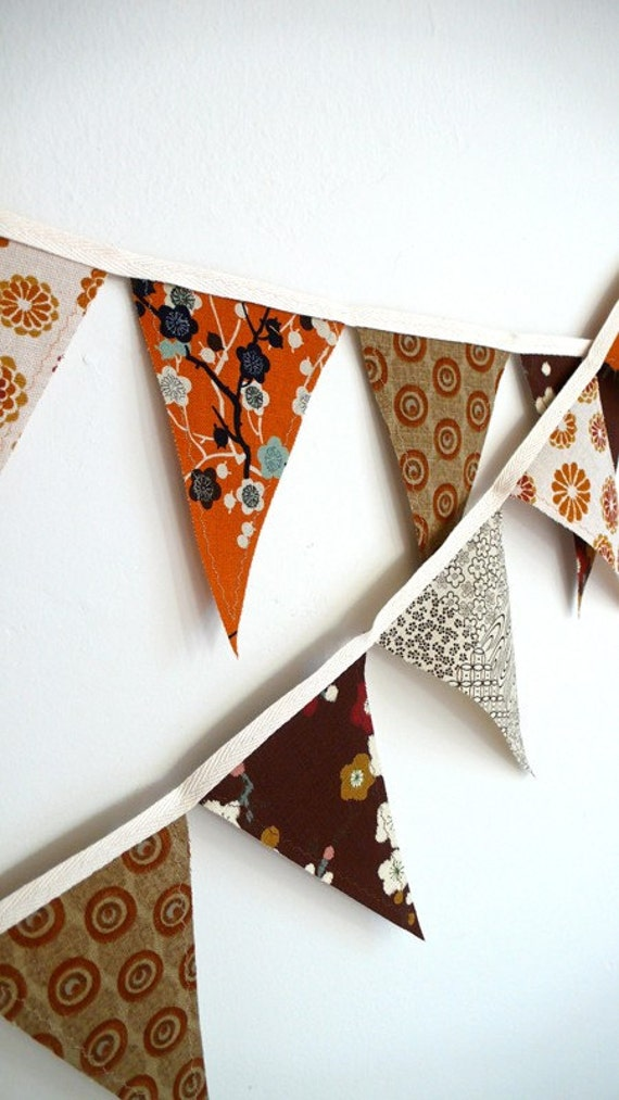 Long Japanese Autumnal Bunting Banner