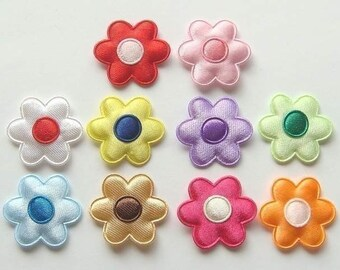 30 Padded Satin Flower Appliques 10 Colors EA4