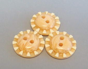Lot of 20 Carved Round Buttons... Sewing... Craft... EB103