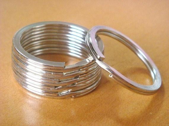 """25 Silver Metal Round Key Rings...Split Rings...1 1/16 """"...H53-25"""