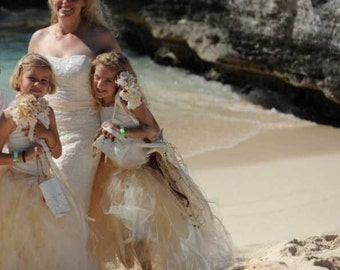 Rustic Bouquet for Beach Weddings - Simple Knobby Wedding Bouquet and Bout