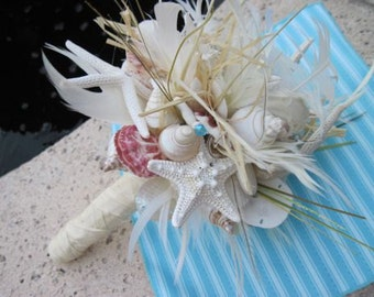 Go Natural Seashell Bouquet with Raw Silk and Lots of Sea Life