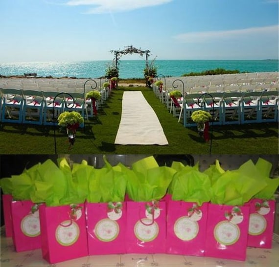 Welcome Tags in Fuschia and Green Seashells - 25 4 inch Round OOT for Wedding Hotel Guests