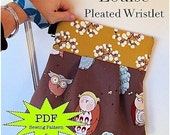 Louise Pleated Wristlet - PDF Sewing Pattern