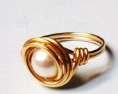 14K Gold Ring - Vintage Glass Pearl Ring - 14K Gold Wire Wrapped Ring