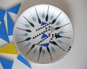 Blue/Black Graphic Triangle Fired Plate