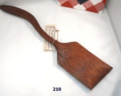 Cherry Spatula Left Handed with Curved Handle