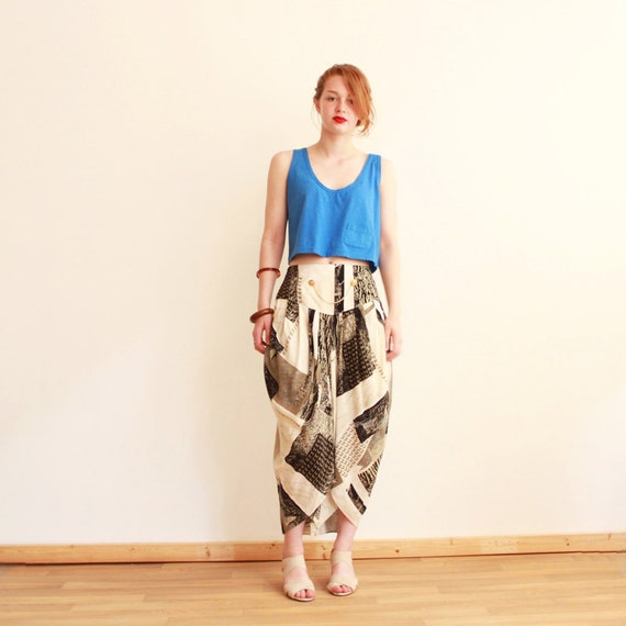 RESERVED ---Vintage 80s printed harem capri pants - women - small - medium