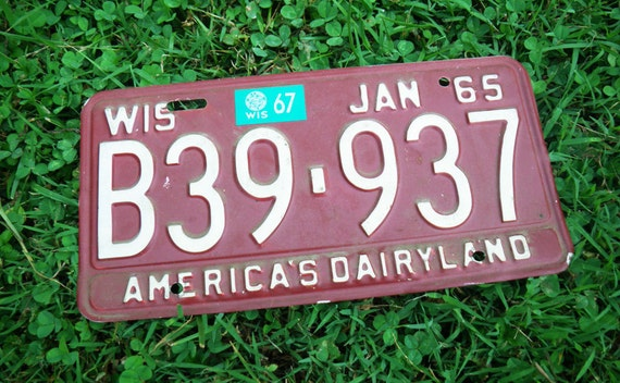 Vintage Car License Plate - Wisconsin 1965. PRICE REDUCED.