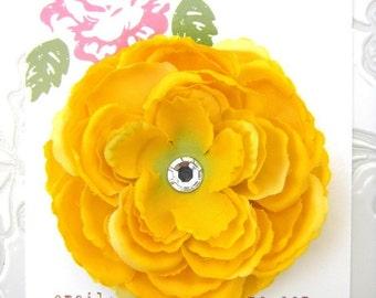 SUNNY YELLOW Hair Flower Clip , Yellow flower clip, Flower hair clip, Flower hair comb, Flower hair piece, Wedding flower hair clip