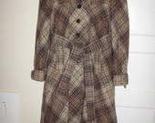 Vtg 70s 80s plaid tan long coat overcoat Ireland mint maternity S