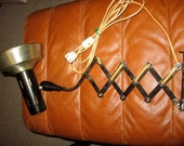 Vtg Industrial mid-century Old Electric Retro wall drafting accordion scissor style lamp light