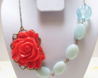 Scarlett rose in the ocean necklace