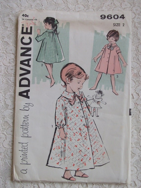 1950's Vintage Sewing Pattern - Advance Printed Pattern  No. 9604 - Child's Robe