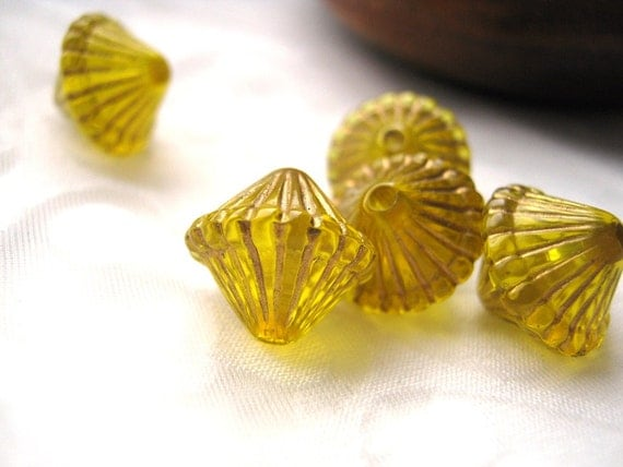 Yellow Lantern Beads Acrylic (5 pcs) with golden stripes