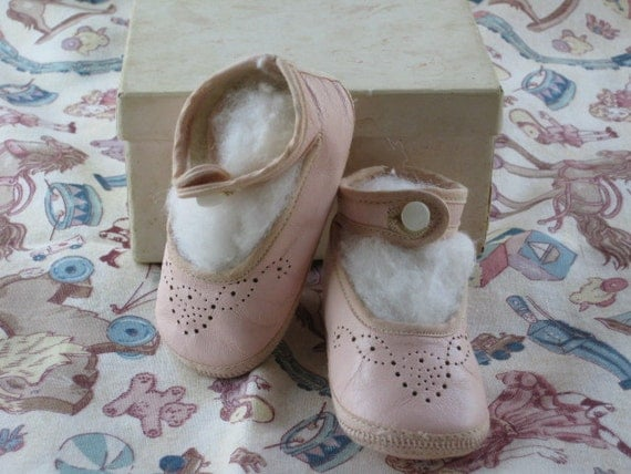 Vintage 1920's Carnation Pink Baby Girl's Mary Jane Button Shoes New Old Stock NOS