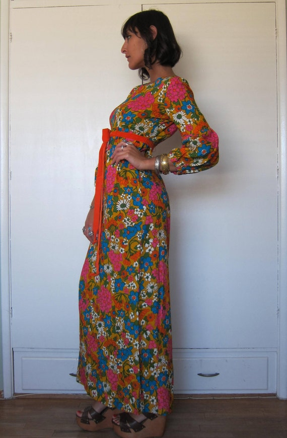 SALE  Vintage 60s 70s Floral Puff Sleeve Maxi Dress