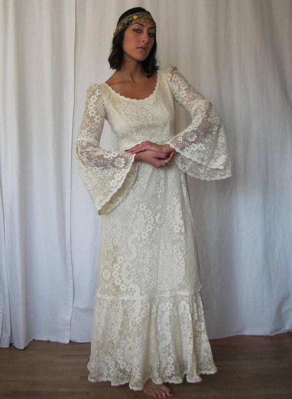 Vintage 70s Bohemian Bride Lace Bell Sleeve Wedding Dress