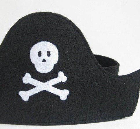 Amazoncom: pirate hat and eye patch: Toys Games
