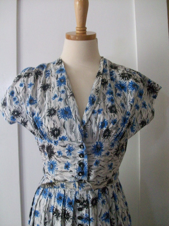 1950s 'Penney's Brentwood Cottons' Atomic Short Sleeve Fitted Waist Button Front Dress-S