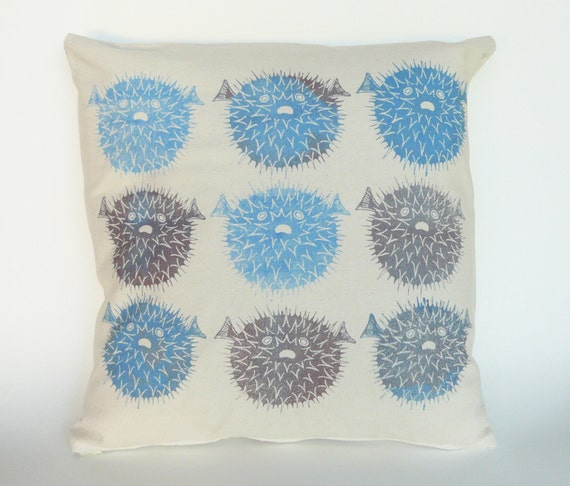 Puffer Fish Pillow, blues