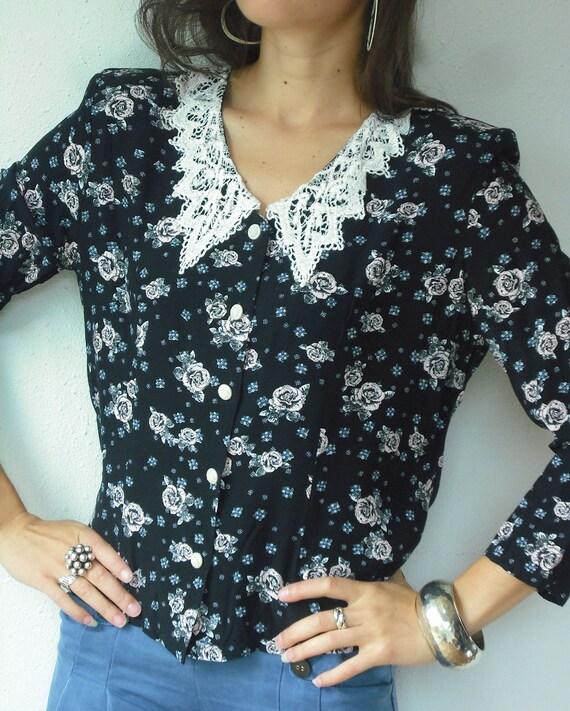 Vintage 80's Black Rose Print Crochet Collar Dolly Floral Blouse