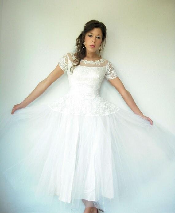 1950's 50's Vintage Cupcake White Ivory Lace Wedding Dress Sheer Beaded Sequin Floral Bare Shoulder Full Tulle Skirt
