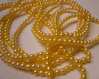 One Strand 3.5mm Light Yellow Vintage Faux Pearls Lot 002