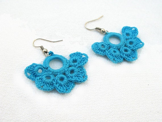 Romantic Hand Crocheted Lace Flower Earrings in Turquoise Blue