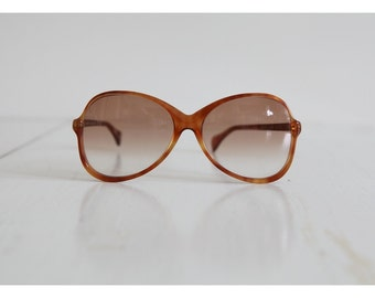 Vintage NEOSTYLE Sunglasses