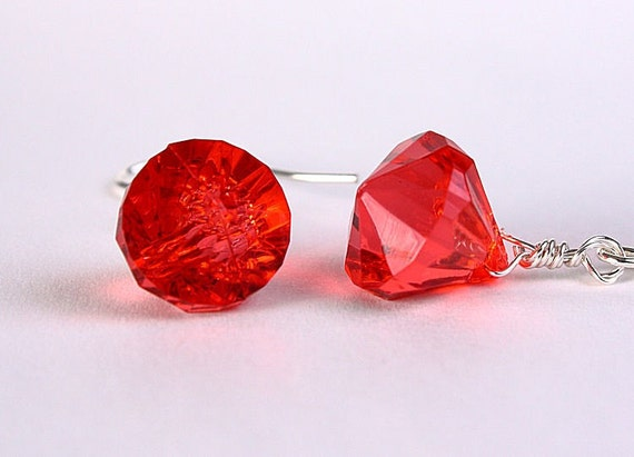 Red diamond shaped acrylic hypoallergenic surgical steel earrings (247) - Flat rate shipping
