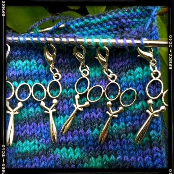 Stitch Markers -RETRO SCISSORS