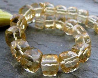 "Honey Quartz faceted cubes, 7.5"" inch FULL strand, 23 beads, 6.25mm - 8.25mm (11w127)"