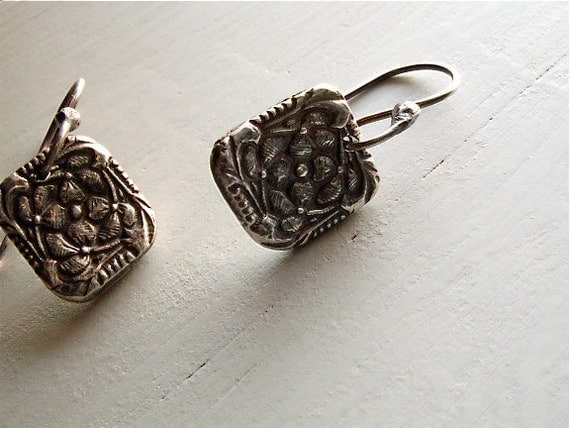 silver art nouveau earrings : floral botanical vintage style . handmade silver