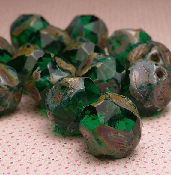 Emerald Green Faceted Nuggets