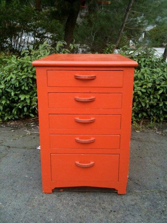 Vintage 1950s Coral 5 Drawer Petite Dresser Nightstand