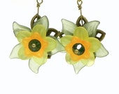 Dangle Lucite Flower earrings - Green, orange and yellow
