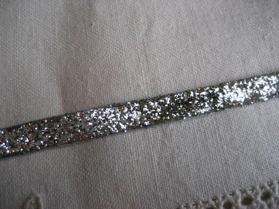 Metalic Silver Velvet 3/8 inches 1 Yard