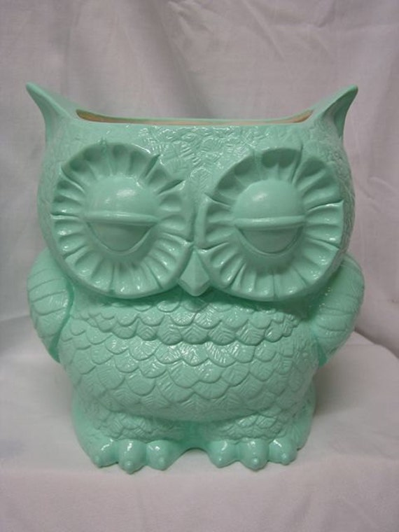 Tootsie Pop Owl Garden Planter  Mint Green