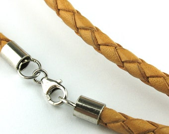NE2074031) Genuine Braided Bolo Leather Necklace 4.0mm (Natural)