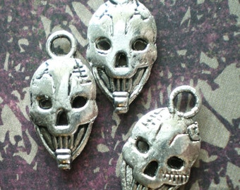 10 silver skull  charms halloween earring components steampunk gothic jewelry 23x11mm