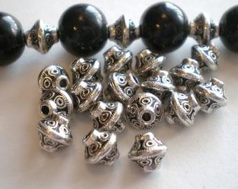 40 beads antique silver tibetan spacers 7mm  6m supplies MTE