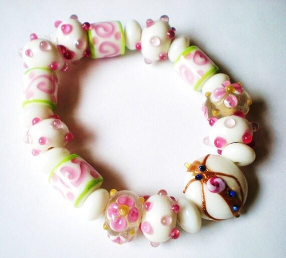Handmade lampwork glass beads 21 pink white susie