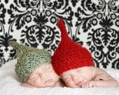 Knitted Baby Elf Hat for Baby in Red or Green Yarn  Newborn, 3-6 Months, 6-9 Months, 9-12 Months, Toddler Photography Prop